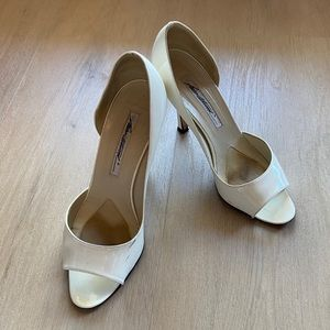 Brian Atwood Open Toe Pumps Patent Leather Sz 37